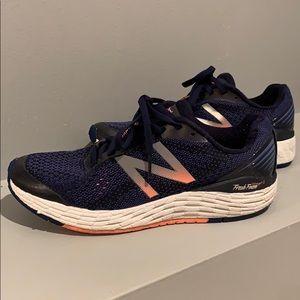 NEW BALANCE Women's Fresh Foam Vongo2 Running Shoe
